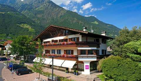 Haller holiday apartments in Algund near Merano